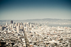 San Francisco Downtown Skyline (Pascal Hertleif) Tags: sanfrancisco street city building skyline haus stadt gebäude efs1855mmf3556 strase stra§e gebude urbanpreset california2009