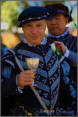 are you being served? (Jirrupin) Tags: original portrait people socal faire 2009 renaissance pleasure irwindale