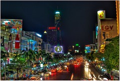 Bangkok, Thanon Ratchadamri (e.breizh) Tags: street city longexposure travel light tower architecture night buildings shopping thailand hotel asia downtown cityscape tour pentax bangkok tourists nighttime cocacola siam hdr siamsquare baiyoke pratunam bigc southestasia 5photosaday 3exp centralworld ratchaprasong aplusphoto amariwatergatehotel theunforgettablepictures totallythailand ebreizh egvcinemas