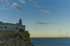 el faro del albir (gonsofoto) Tags: blue sea sky lighthouse clouds faro atardecer mar sierra cielo nubes horizonte helada alfaz albir parcnatural sierrahelada serragelada albirlighthouse