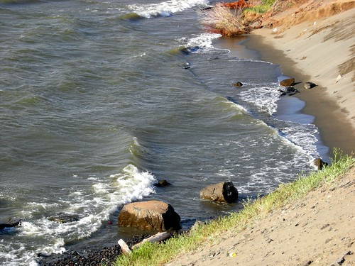 Waves onthe shore