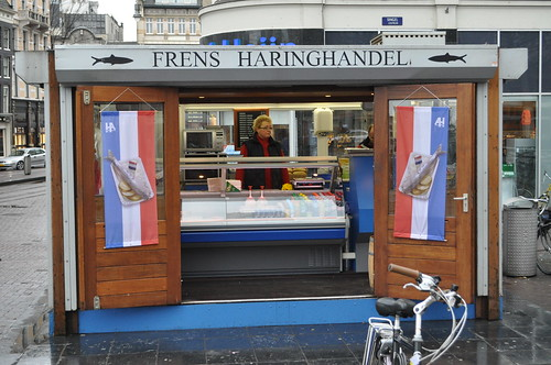 frens haring shack amsterdam - fresh harring sandwiches