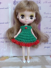 Petite Blythe Crochet Dress Colour Expression green/red