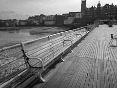 "Cromer pier benches • <a style=""font-size:0.8em;"" href=""http://www.flickr.com/photos/87605699@N00/3313974285/"" target=""_blank"">View on Flickr</a>"