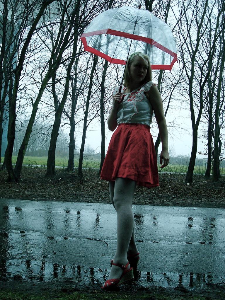 Umbrella/outfit (3)
