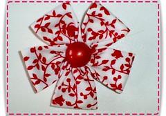 Fuxico pétala quadrada (Cilene Menezes) Tags: flower floral fleur flor rosa fabric fuxico tecido quadrada forrado