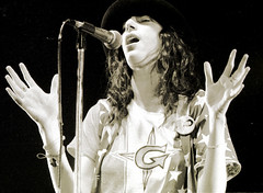 Patti Smith at Winterland, San Francisco, May 13, 1978. (p0ps Harlow) Tags: sanfrancisco punkrock 1978 pattismith winterland p0ps