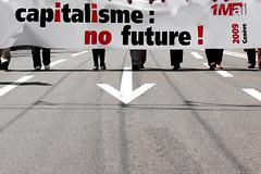 Pour la sortie, suivez la flche ! (El H1N5) Tags: switzerland geneva geneve loose manifestation 1ermai travailleurs capitalisme travailleuses virela gardela virela2 gardela2 virela3 gardela3 virela4 virela5 virela6 virela7 virela8 virela9 virela10 manif1ermai