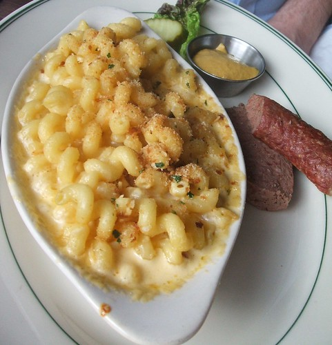 Mac and cheese and ring bologna