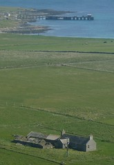 Aerial View Of the Papa Westray Pier (orquil) Tags: scotland orkney may aerial loganair guinnessbookofrecords papawestray orcades aerialexcursion shortestscheduledflight