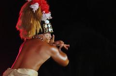 Hawaiian Dancer (sfPhotocraft) Tags: hat hawaii dance oahu dancer hawaiian 2009 paradisecove maledancer