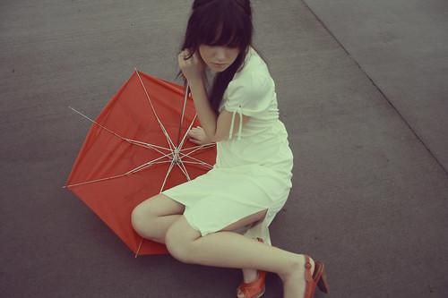フリー画像| 人物写真| 女性ポートレイト| ワンピース| 傘/アンブレラ|       フリー素材|