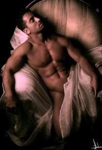 Hommes nus, Erections Bites et Phallus Ref.4:54:36 dans Photos erotiques hommes