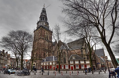 "Oude Kerk • <a style=""font-size:0.8em;"" href=""http://www.flickr.com/photos/45090765@N05/5697157562/"" target=""_blank"">View on Flickr</a>"