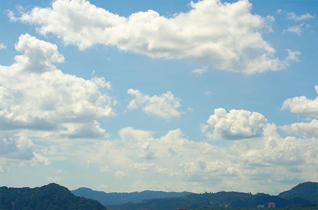 clouds-55-200