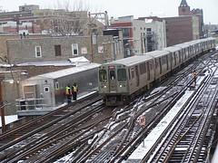 100_4718 (Mr. Montrose) Tags: chicago train cta el l elevated