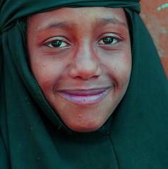 yemen (Ferdinand Reus) Tags: portrait girl smile veiled veil islam young hijab yemen afrique theface moslim moslima