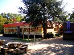 aa-voor de school 2 (Bert van der Neut) Tags: tiel kleurrijk heerlijk basisschool molenwerf goedonderwijs aandachtvoorkinderen