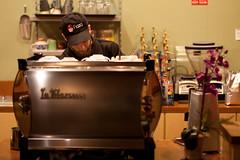 Latte Art Throwdown @ Fioza (jeremey) Tags: coffee texas houston competition espresso latte barista latteart throwdown fioza