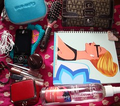 What's in my bag? (jenniferxoxobelle) Tags: whatsinyourbag w170