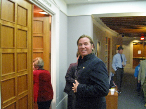 VAL KILMER GOES TO MEET THE GOV