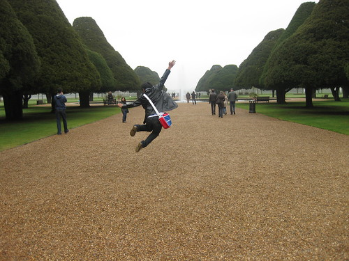 Hampton Court Palace: Jump again!
