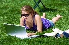park newyork grass sunglasses female student mac women manhattan laptop bryantpark workfromhome macbookpro axzz2omm9zpqfuwvxg7lirg ixzz2tylyyopd