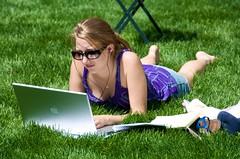 park newyork grass sunglasses female student mac women manhattan laptop bryantpark workfromhome macbookpro axzz2omm9zpqfuwvxg7lirg ixzz2tylyyopd