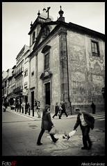 Streets of Port III (El Mitico®) Tags: street bw byn portugal canon abril ciudad asturias bn viajes rua ao mes turismo año 2009 oporto calles virado mitico elmitico fotoaf tipofoto
