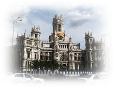 I love tus plazas... (Ragnatela.) Tags: madrid cibeles ayuntamiento correo