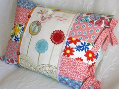 pillow #30 ( Ana's Place ) Tags: birds shop 30 design colours order handmade song linen embroidery sewing crochet craft pillow creation cotton cushion almofada linho