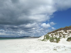 beach - Berneray (fotofal) Tags: island scotland isle westernisles isles uist hebrides benbecula southuist outerhebrides berneray hebridean eriskay lochmaddy northuist lochboisdale uists