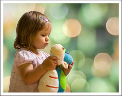 Kisses (tany_kely) Tags: portrait baby texture girl child lily bokeh blankies kisses enfant fille bb peluches softtoys bisous doudous baisers superaplus aplusphoto