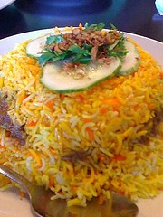 Nasi Biryani (eatvancity) Tags: food fish restaurant singapore rice 3g eat foodporn 3gs biryani rendang iphone iphone3g
