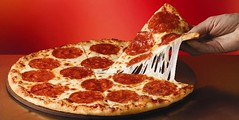 Domino's and Pizza Hut embrace Social Media