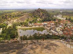 BrunoRaymond_20001001_IMG_0463 (Wild Pixels) Tags: india pool landscape karnataka shravanabelagola sravanabelgola