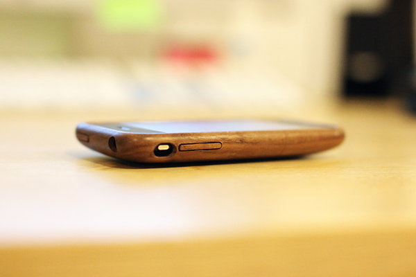 "090627 iPhone Case ""iWood"""