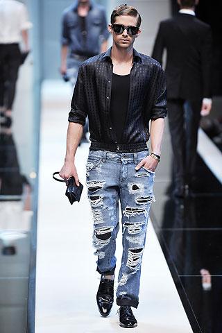 Davenport347_Brian_SS10_Milan_Dolce&Gabbana(Men Style)