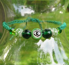 Green glass and hemp bracelet or anklet - Eye in the Trees
