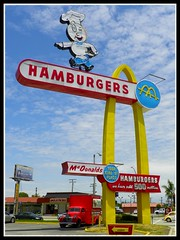 Old McDonalds (Dusty_73) Tags: california usa sign america vintage golden neon united arches historic mcdonalds hamburger signage worlds states operating oldest speedee downey