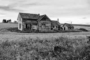 Abandoned in the Palouse B&W