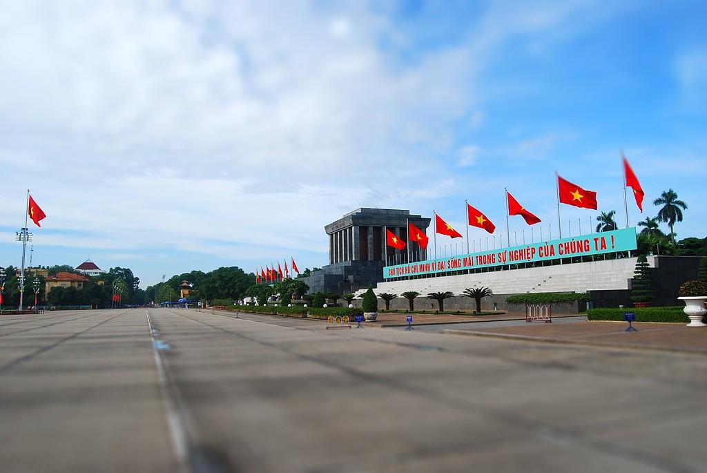 El Mausoleo de Ho Chi Minh en Ha Noi Tilt Shift