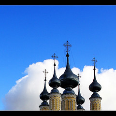 Harmony with the blue sky (JannaPham) Tags: blue autumn roof sky cloud church beautiful canon eos cross russia moscow orthodox suzdal goldenring project365 40d jannapham