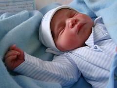 Diego David (Carlos Betancourt Carrero) Tags: baby familia puerto venezuela diego bebe 2009 marzo itsaboy ordaz betacar nacivaron