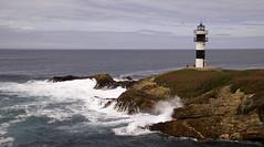 Faro Isla Pancha (JoseRamonGarciaG) Tags: faro mar nikon galicia olas lugo ribadeo d80 capturando islapancha