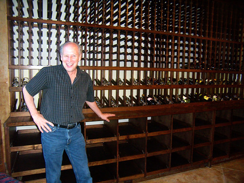 P4240011-Tod-Ban-Wine-Rack-Builder