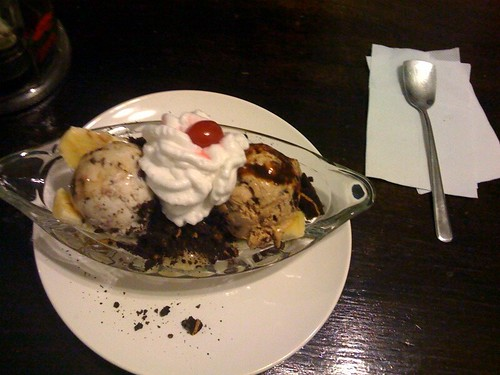 Lula's vegan banana split.