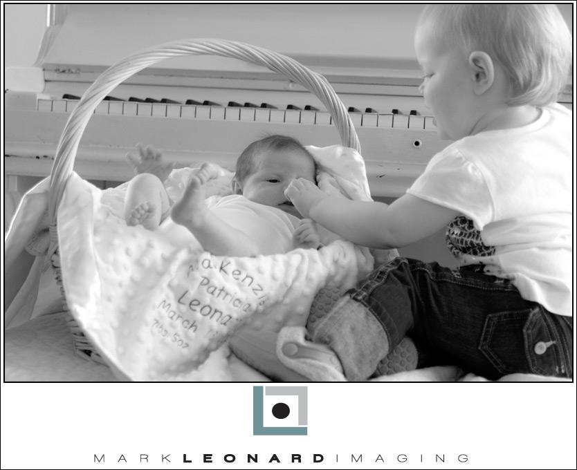 2009-04-06-Mackenzie-065-bw-blog