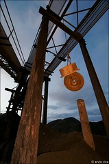 (Penseroso) Tags: seattle fremont quarry nikonsb800speedlight tokina1116mmf28