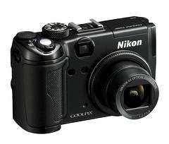 Nikon Coolpix P6000 3/4 view
